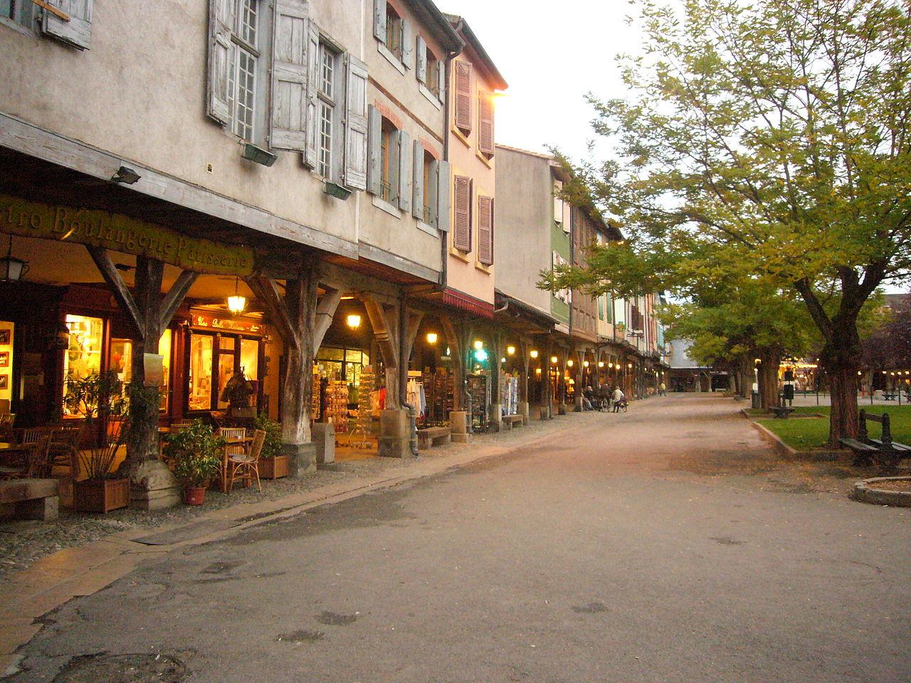 Couverts médiévaux de Mirepoix en Ariège